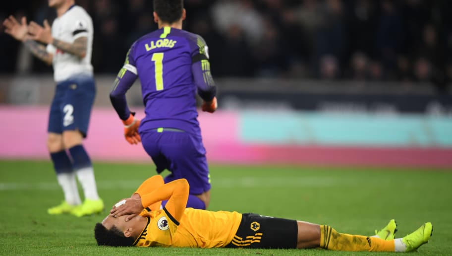 WOLVERHAMPTON, ENGLAND - NOVEMBER 03:  Helder Costa of Wolverhampton Wanderers reacts after a missed chance during the Premier League match between Wolverhampton Wanderers and Tottenham Hotspur at Molineux on November 3, 2018 in Wolverhampton, United Kingdom.  (Photo by Ross Kinnaird/Getty Images)