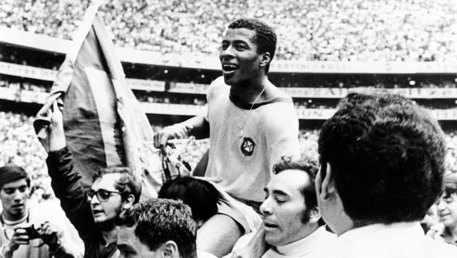 WORLD CUP-1970-BRAZIL-JAIRZINHO