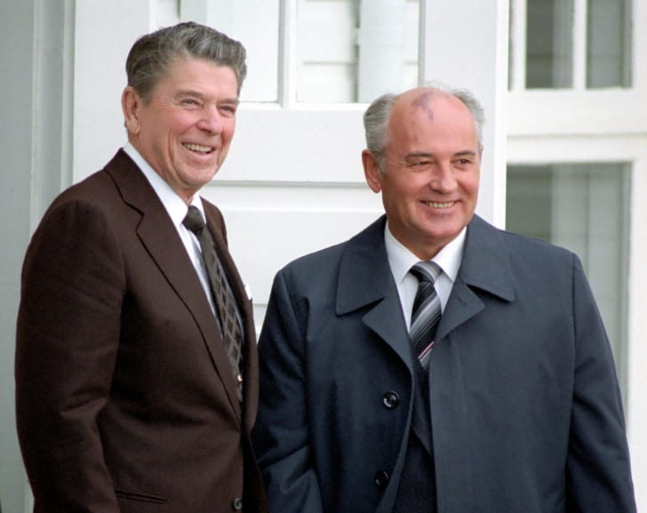 Meeting between US President Ronald Reagan and Russian leader Mikhail Gorbachev at the historic 1986 Reagan-Gorbachev summit in Reykjavík, Iceland