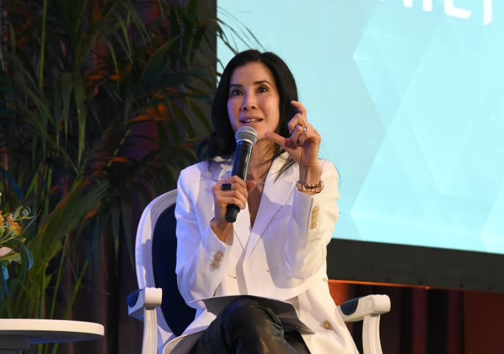 Lisa Ling talking on stage.