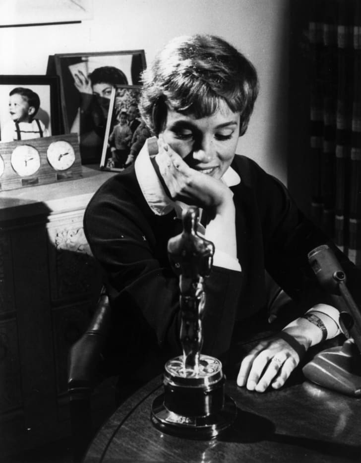 Julie Andrews with her Oscar