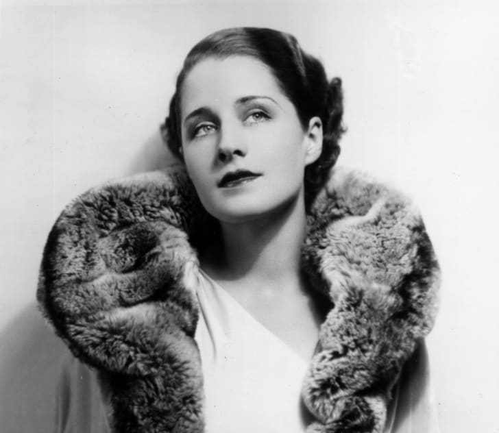 circa 1930: Norma Shearer (1900 - 1983), the Canadian born actress who starred in silent films and then talkies such as 'Private Lives'.