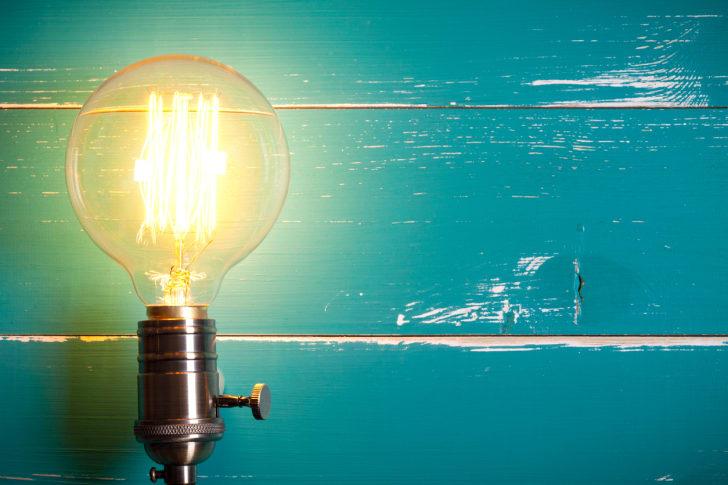 An incandescent light bulb