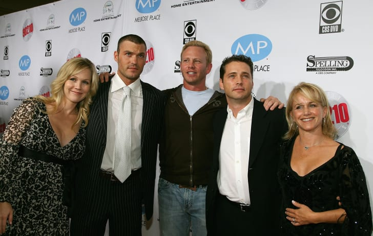 Former cast members Jennie Garth, Brian Austin Green, Ian Ziering, Jason Priestley and Gabrielle Carteris arrive at the Beverly Hills 90210: The Complete First Season DVD Party at The Beverly Hilton Hotel November 3, 2006 in Beverly Hills, California
