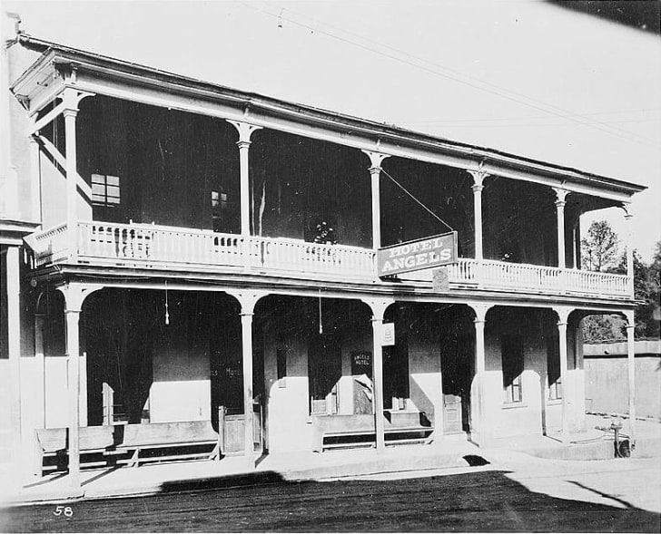 An old photo of the Angels Hotel