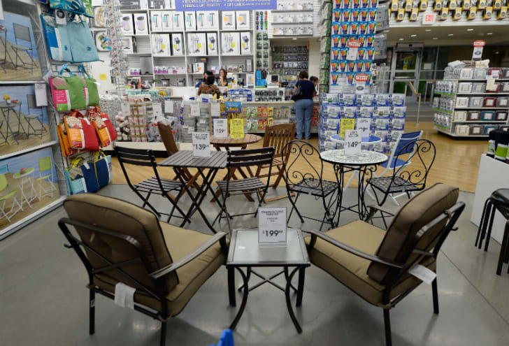 A Bed Bath & Beyond store display features outdoor furniture