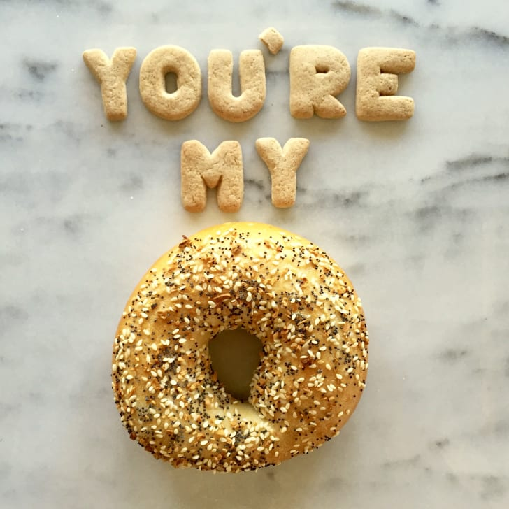 """A pun reads """"You're my everything (bagel)"""""""