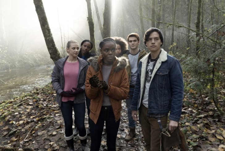 Cole Sprouse, Ashleigh Murray, Lili Reinhart, Asha Bromfield, K.J. Apa, and Hayley Law in 'Riverdale'