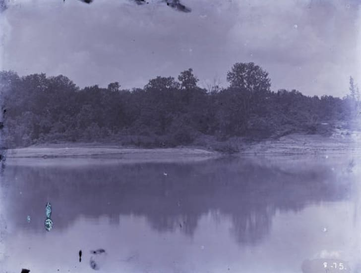An old photograph of the Tombigbee River.