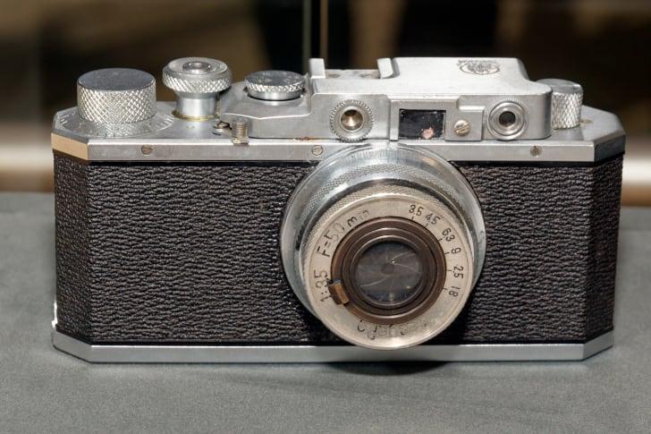 A 1935 Kwanon camera (replica)