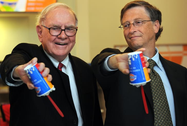 image of Warren Buffett and Bill Gates holding DQ blizzards upside down