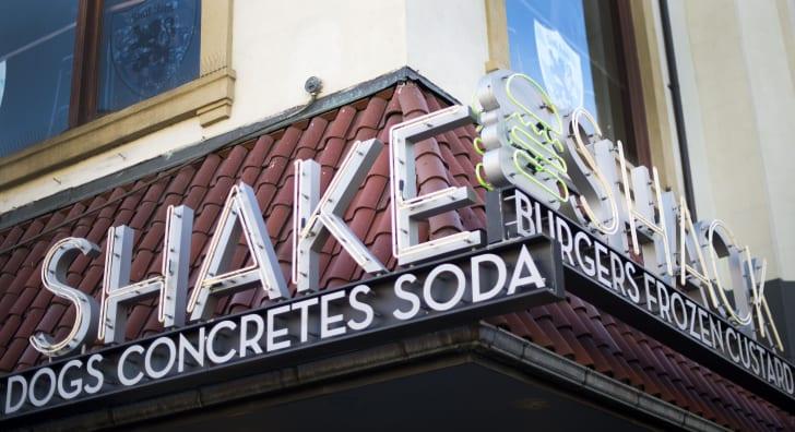Image of Shake Shack sign