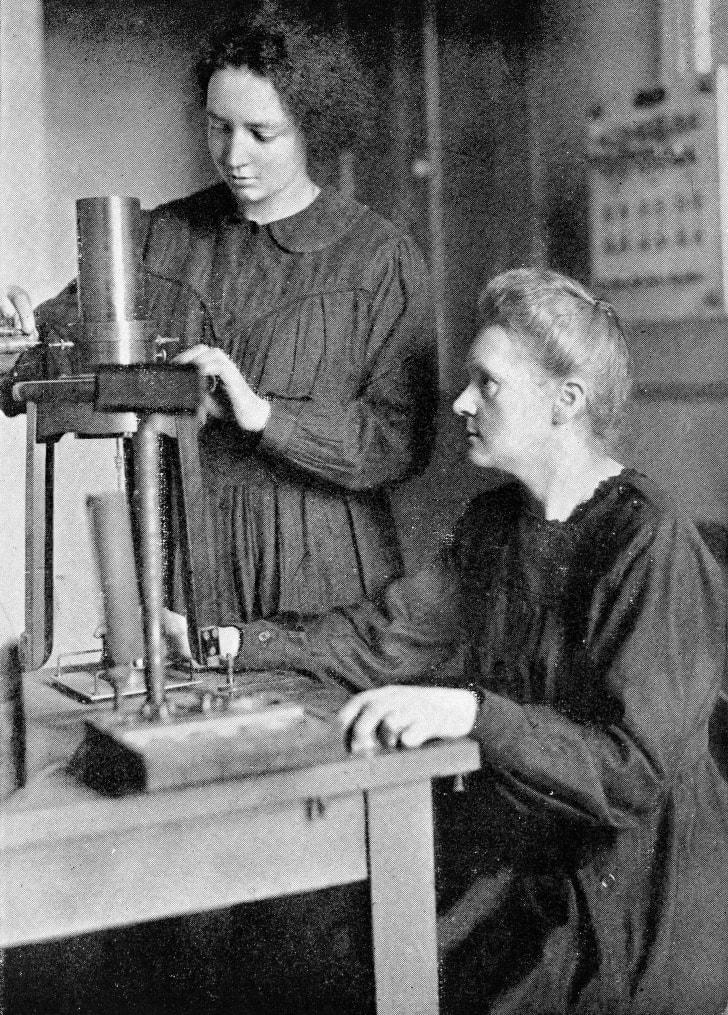 Irène Joliot-Curie and Marie Curie, circa 1925