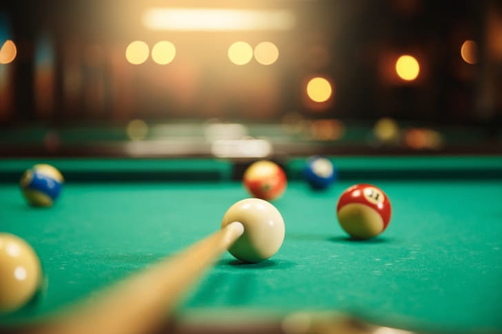 A picture of a pool table