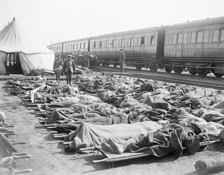 Wounded soldiers in Bapaume, World War I