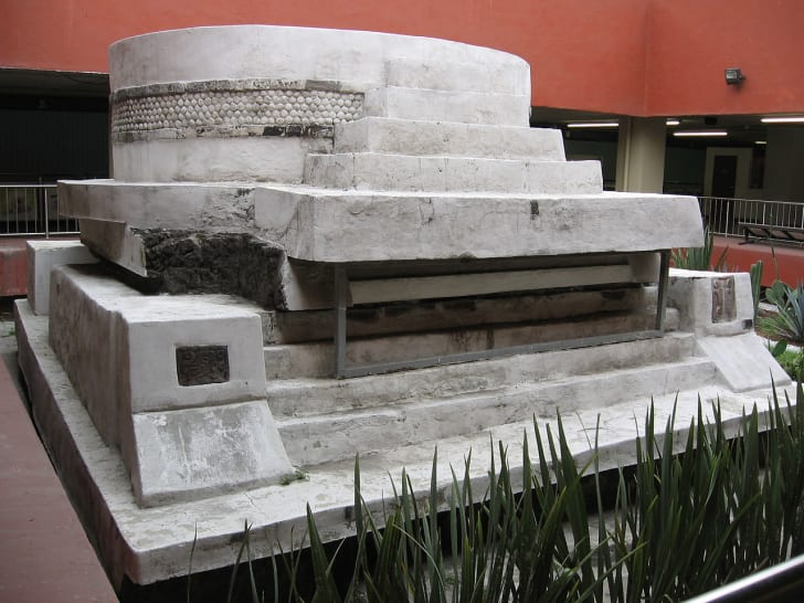 Ehectal pyramid in the Mexico City metro.