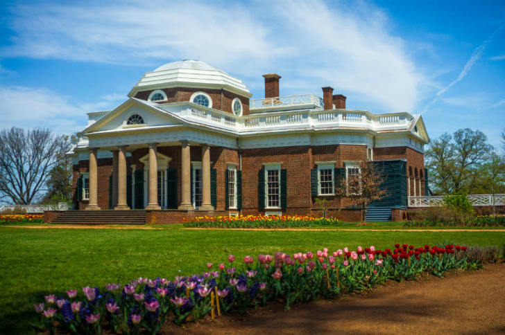 The front view of Thomas Jefferson's Monticello estate