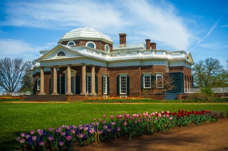 The front view of Thomas Jefferson's Monticello estate