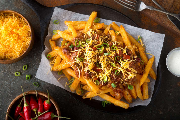 Chili on fries.