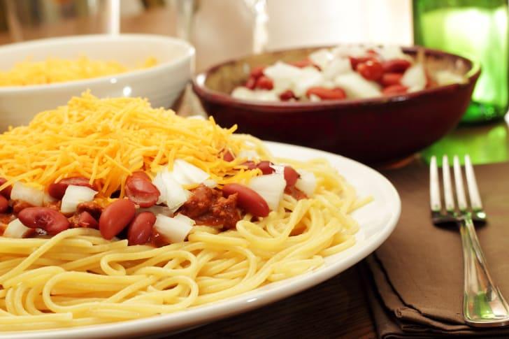 Chili on spaghetti