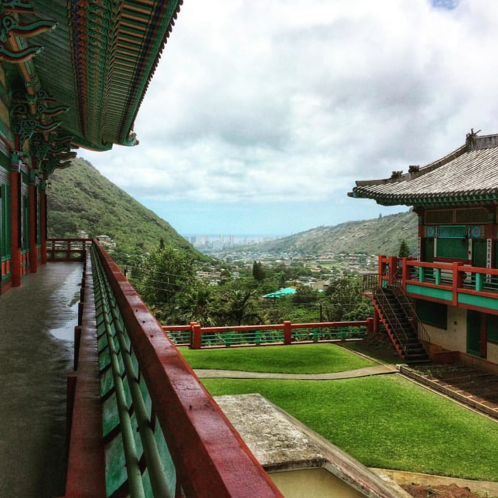 View of Palolo Valley from Mu-Rang-Sa Buddhist Temple
