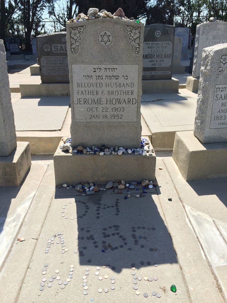 Burial place for Curly Howard