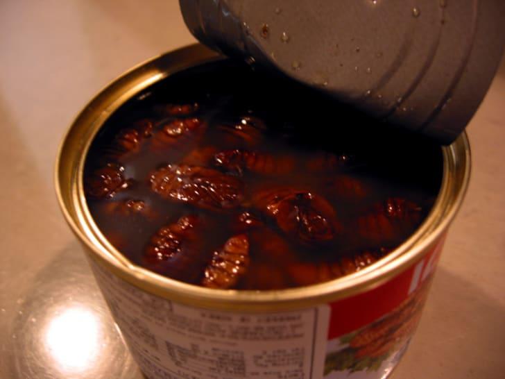 Canned silkworm pupae