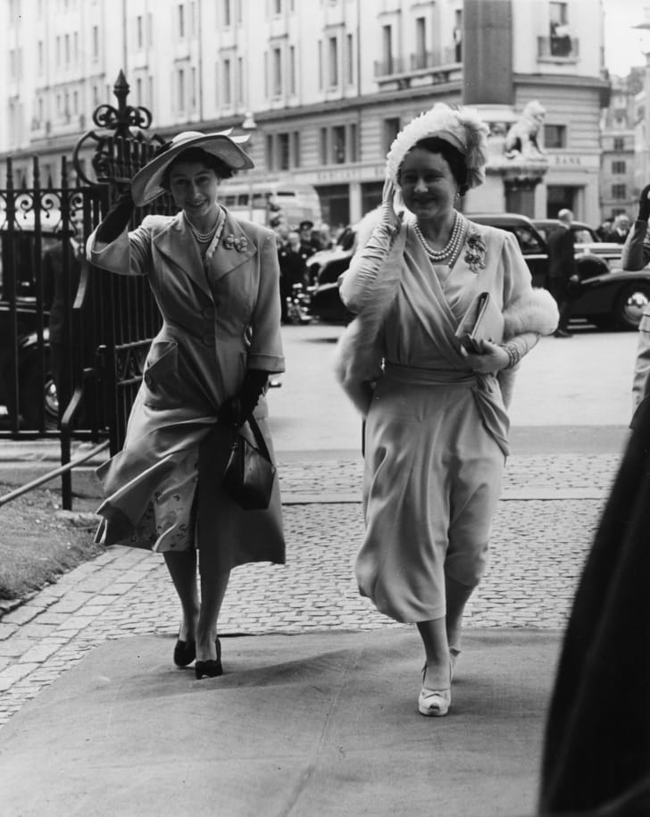 Princess Elizabeth (left) and her mother, Queen consort Elizabeth, in 1951.