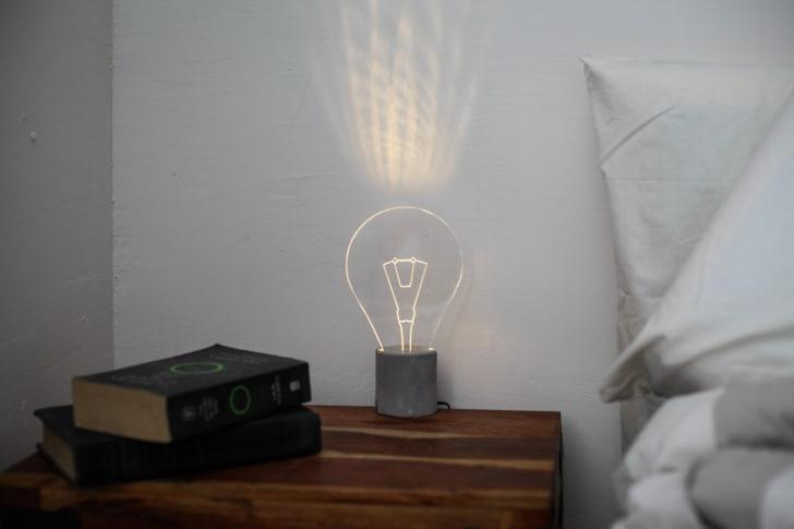 lightbulb lamp