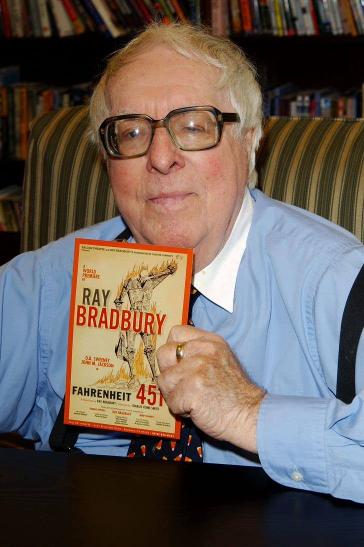 Author Ray Bradbury signs his new book Bradbury: An Illustrated Life at Barnes & Noble