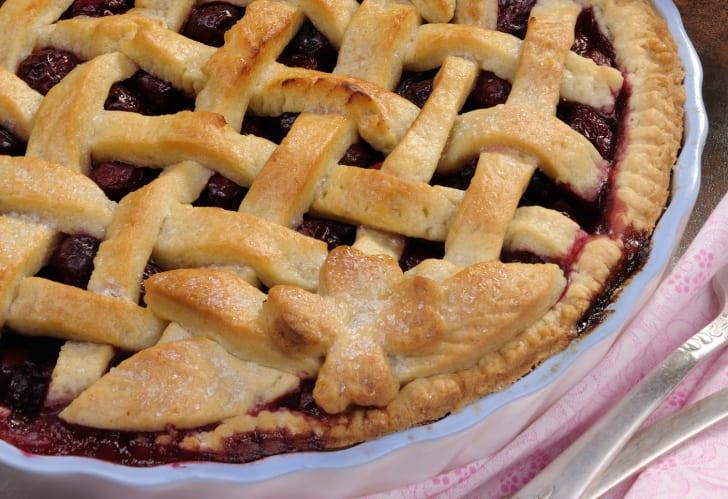 Close-up of a decorative pie crust.