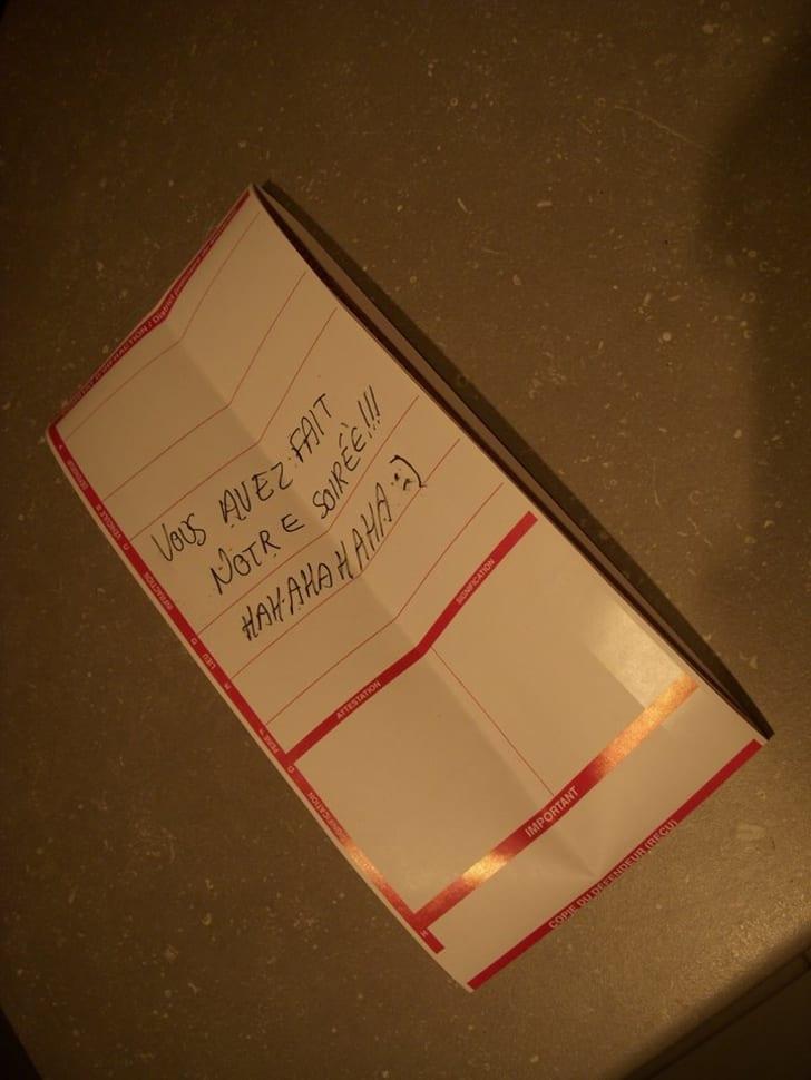Note written in French.