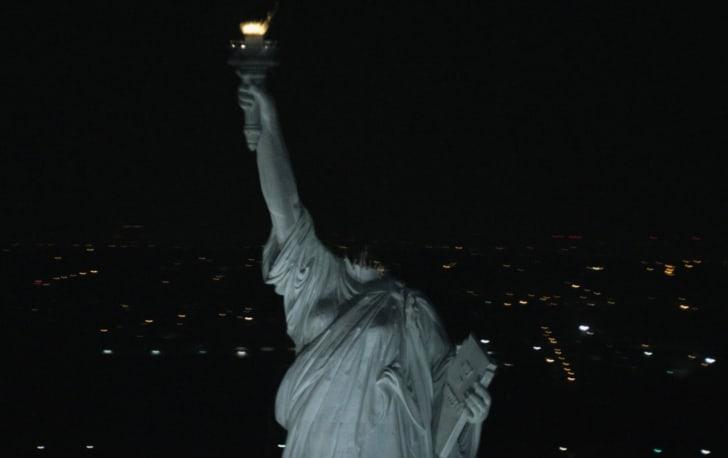 A scene from 'Cloverfield' (2008)