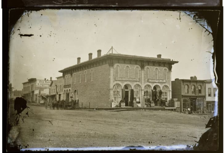 The First National Bank in Northfield, Minnesota, circa 1876.