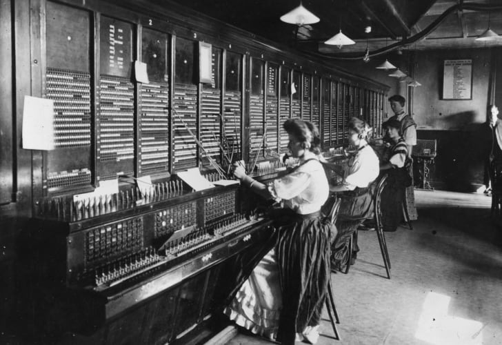 Female operators at the switchboard of the Magneto Exchange of the National Telephone Company, USA.