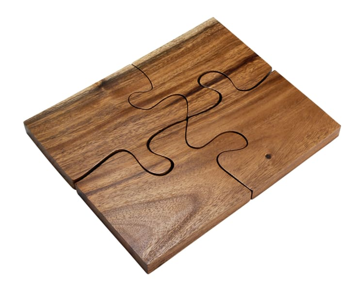 Jigsaw puzzle cutting board
