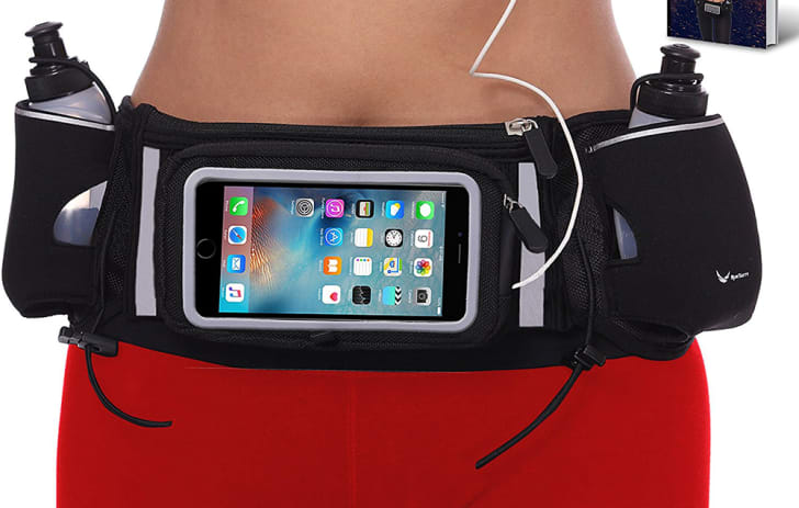 hydration runner's belt with phone pocket