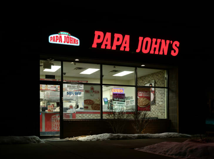 The front exterior of a Papa John's restaurant