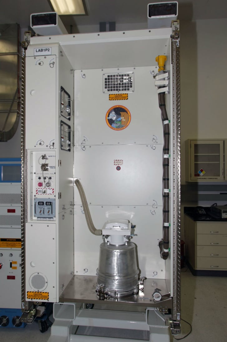 A look at the ISS bathroom