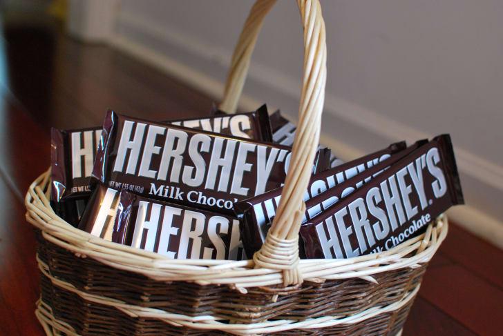 Hershey's chocolate bars in a basket.