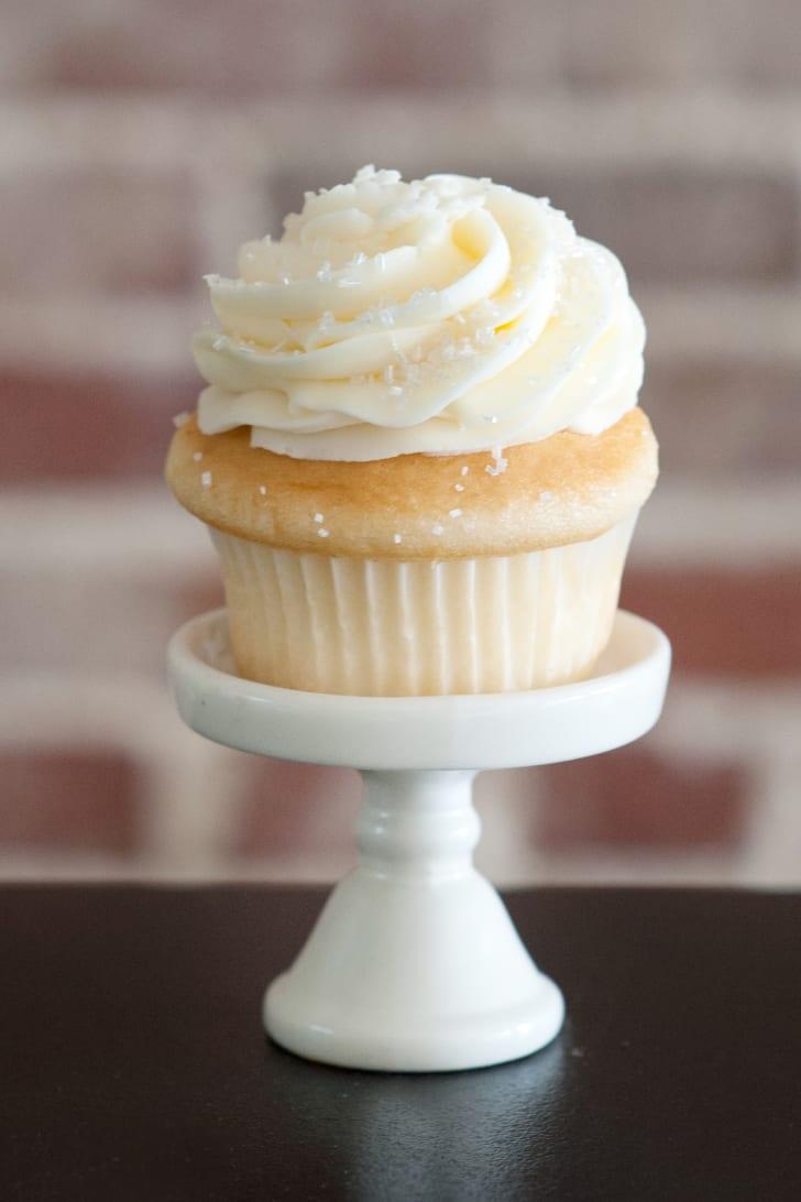Dreamcakes Bakery Wedding Cupcake