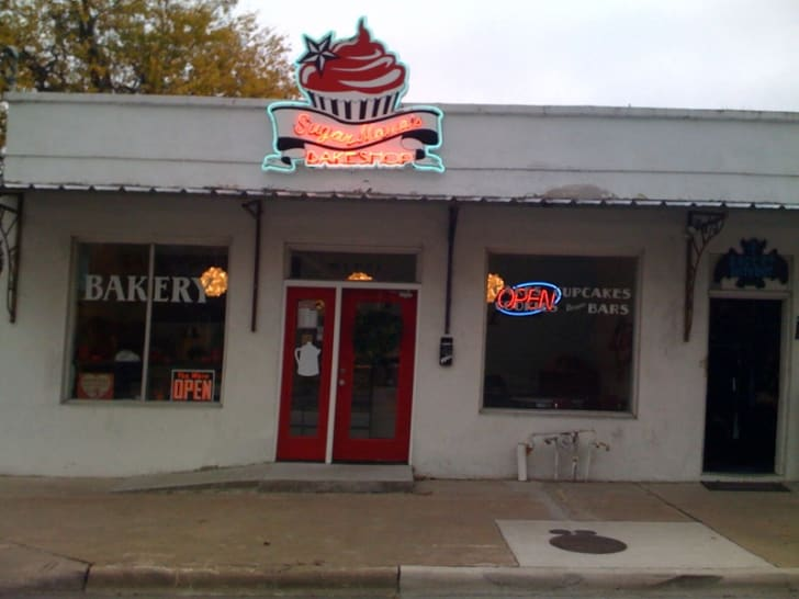 The exterior of Sugar Mama's Bakery in Austin, Texas.