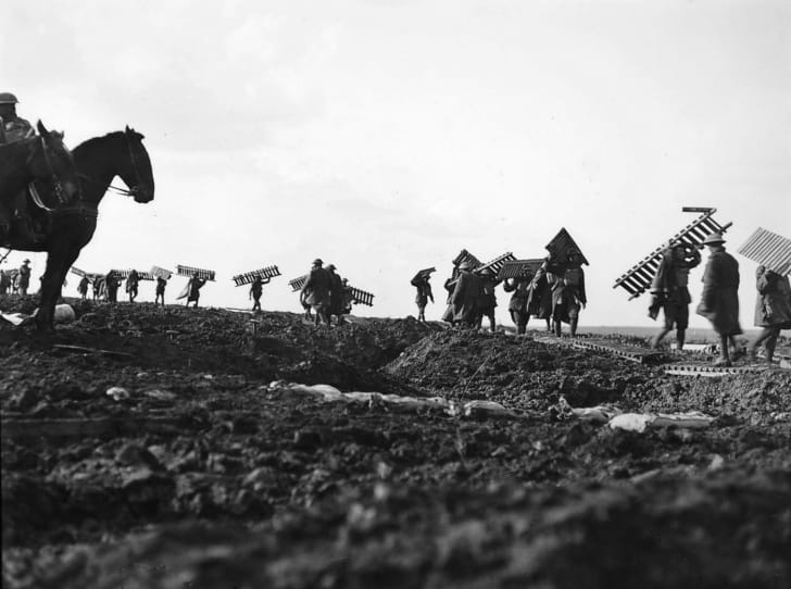 1st Division laying duckboards over the muddy ground in Passchendaele