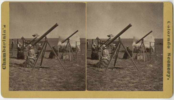 Stereograph card of the Vassar College eclipse party, Denver.