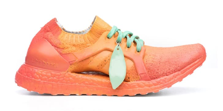 Sneaker designed to look like a peach.