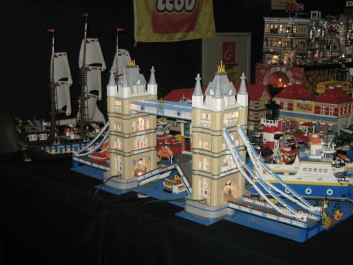 The LEGO Tower Bridge is one of the biggest LEGO sets ever made