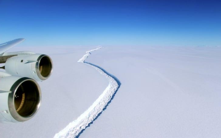 Aerial shot of a rift in the Larsen C ice shelf.
