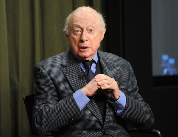 Norman Lloyd in a suit in 2015.