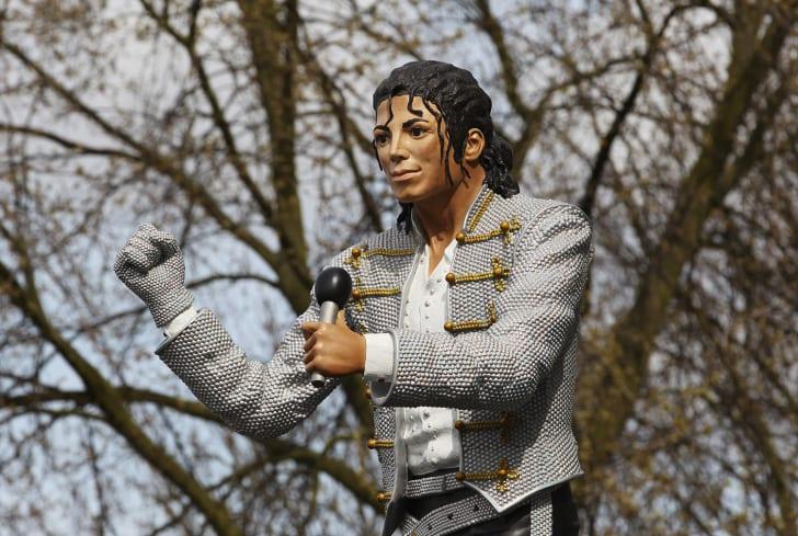 Michael Jackson Statue in London