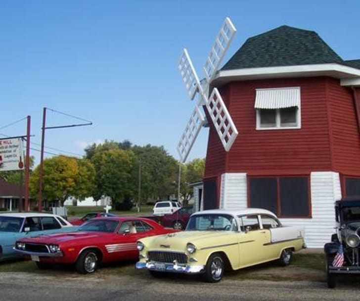 The Mill along Route 66 in Lincoln, Illinois.